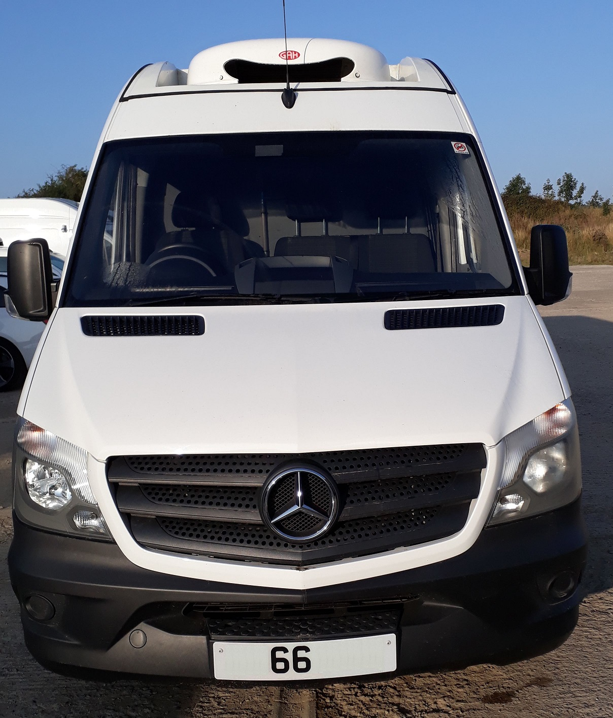 Mercedes sprinter LWB long chiller van for SALE FRONT also HIRE CONTRACT HIRE icicle fridge vans Tel 0345 5760 792
